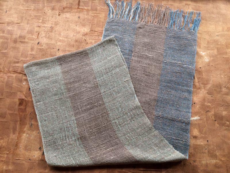 画像1: 絹手紡ぎストールA