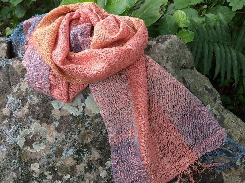 画像1: 絹手紡ぎストールB